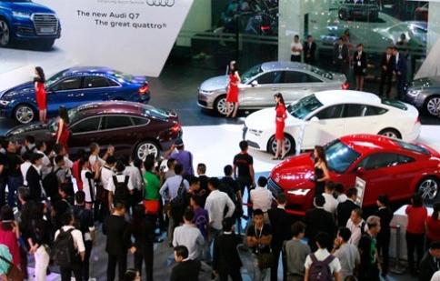 Ôtô nhập khẩu: Thênh thang vào… ngõ hẹp