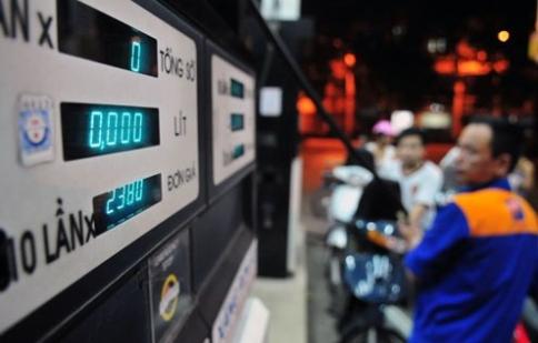 Giá xăng tiếp tục giảm mạnh sau Tết Bính Thân 2016