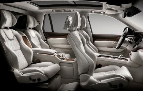 """Volvo XC90 Excellence """"trình diễn"""" không gian nội thất siêu sang trọng"""