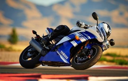"""""""Chiến mã"""" Yamaha YZF-R25 2016 thêm màu mới, giá 4.700 USD"""