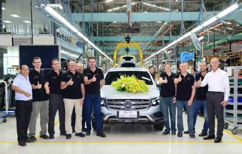 Mercedes GLC đầu tiên xuất xưởng tại Việt Nam, đến tay khách hàng tháng 6/2016