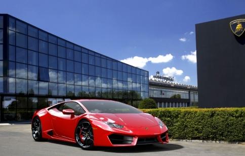 Lamborghini Huracan tăng 5,5 tỷ sau ngày 1/7