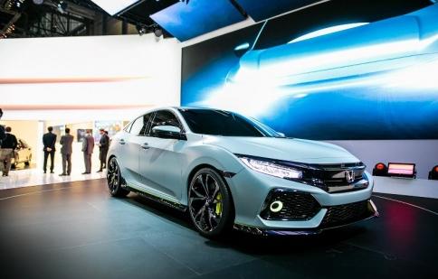 Honda Civic Hatchback 2017 sẽ có kích thước lớn hơn