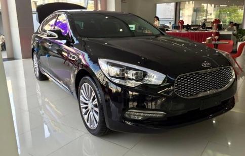 Sedan hạng sang Kia Quoris ra mắt tại Việt Nam