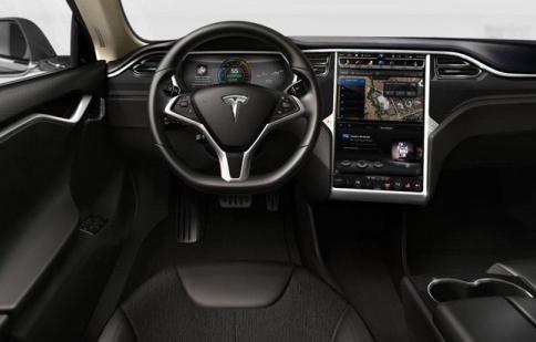 Hệ thống tự lái Autopilot của Tesla được nâng cấp với bản cập nhật 8.0