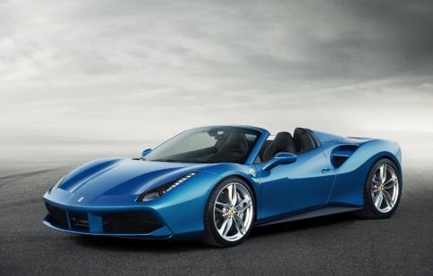 Ferrari và Mercedes-Benz đang bán xe trang bị túi khí Takata bị lỗi