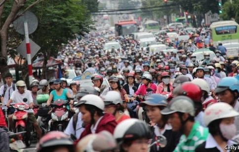 """The Economist ví giao thông Việt Nam như """"ác mộng"""""""