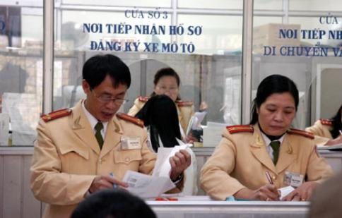 Thí điểm đăng ký sang tên đổi chủ qua mạng tại Hà Nội và TP. Hồ Chí Minh
