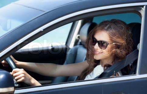 Tư thế ngồi thích hợp khi lái xe