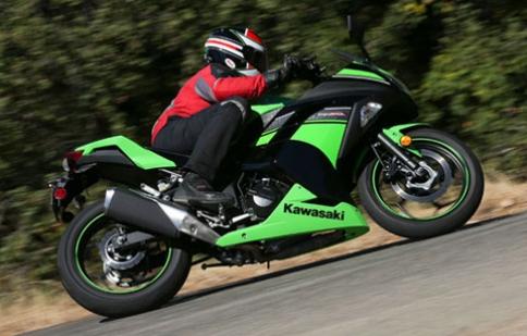 10 nguyên tắc vàng cho người mới lái môtô
