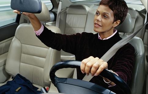 Thói quen chuẩn mực khi lái xe hơi