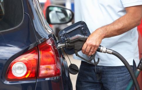 8 mẹo tiết kiệm xăng tài xế cần nhớ