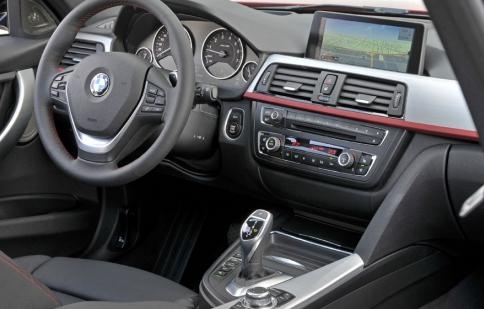 Dây curoa máy điều hoà trên xe ô tô bị hỏng thì cần xử lý thế nào?