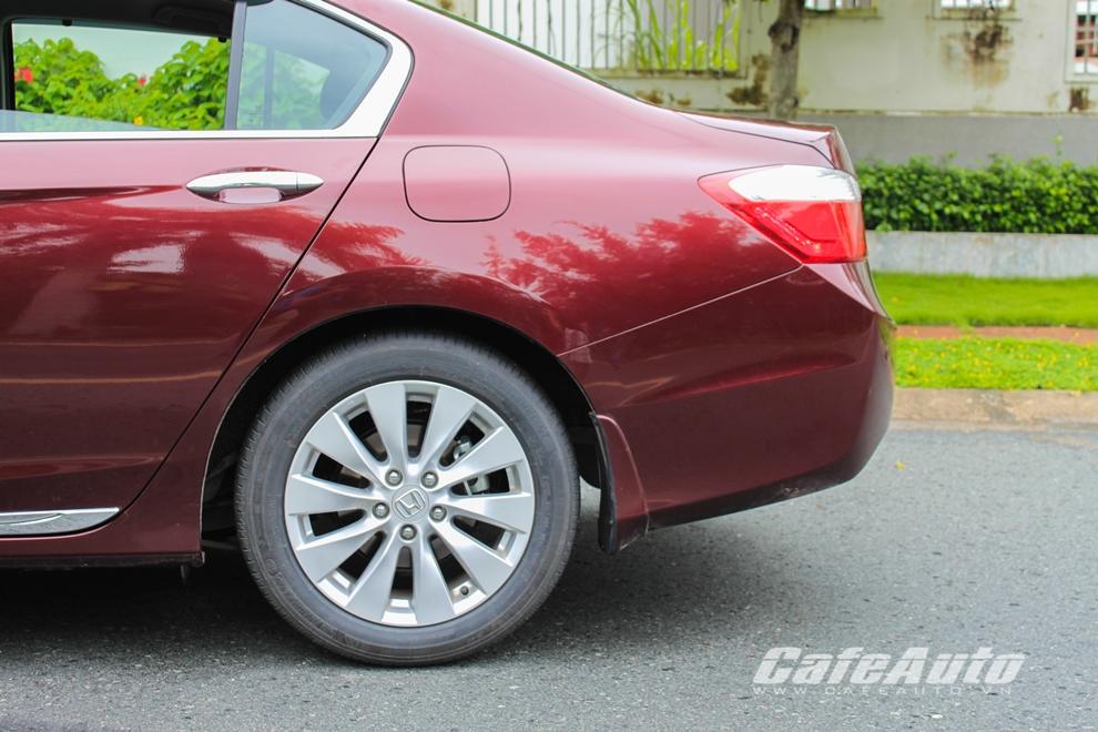 Honda Accord 2014: ''Đắt nhưng xắt ra miếng''