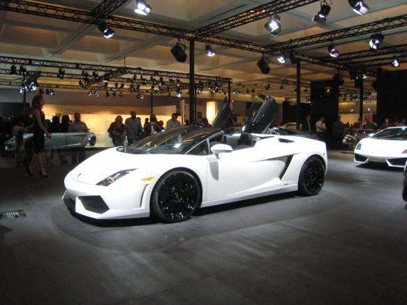 Tìm hiểu từ A đến Z Lamborghini Gallardo