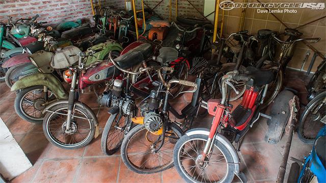 Vua mô tô Việt Nam lên báo nước ngoài