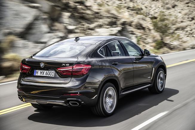 BMW X6 2015 có giá từ 89,500 USD