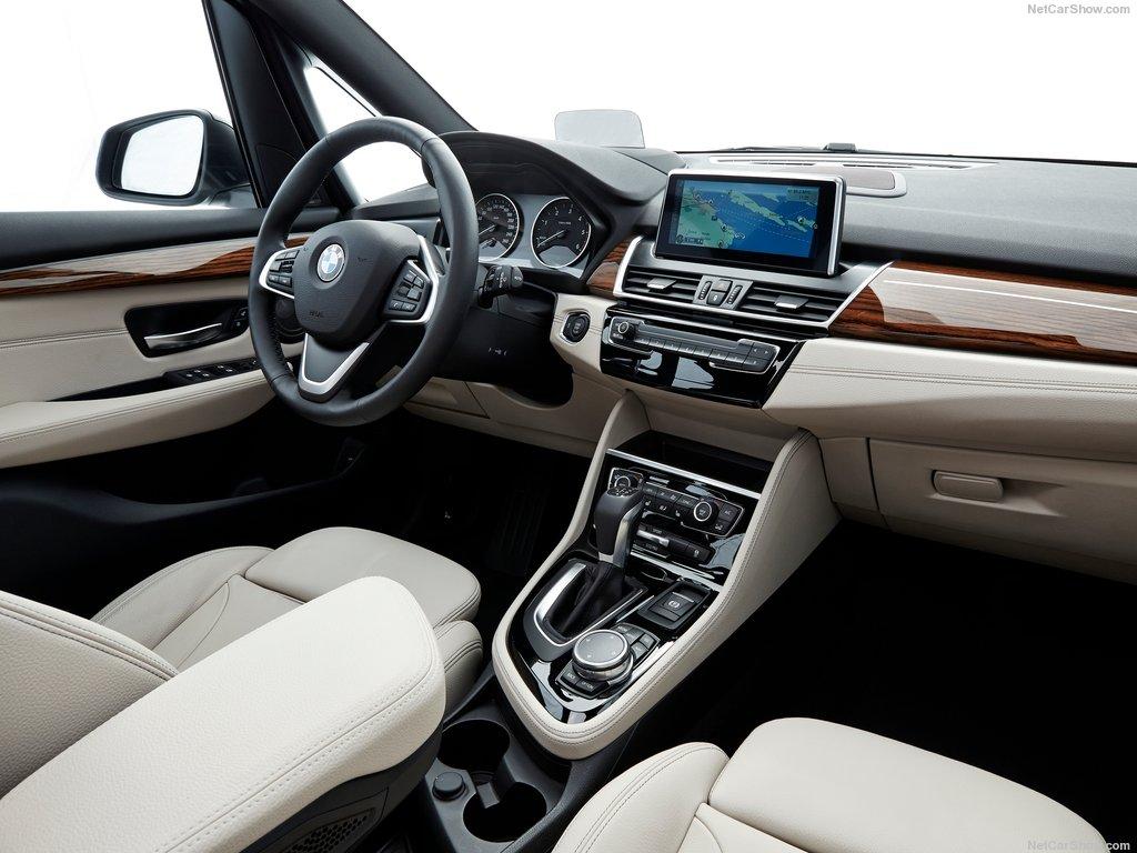 BMW-2-Series_Gran_Tourer_2016