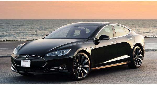 Iron man-Elon Musk-có-thể-sắp-đẩy-Toyota-Ford-hay-Volkswagen-tới-bờ-vực-phá-sản