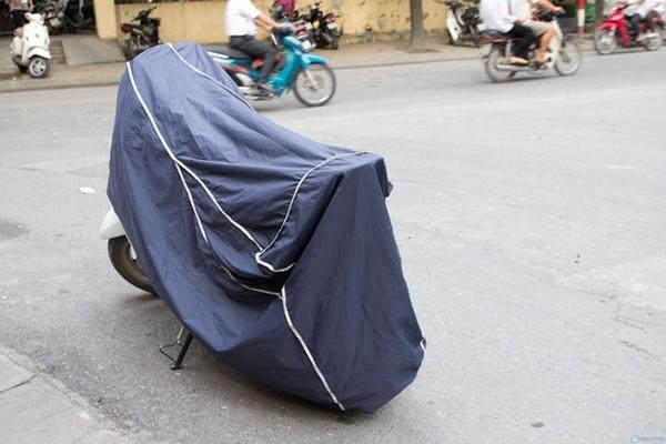 tránh-nóng-cho-xe-máy