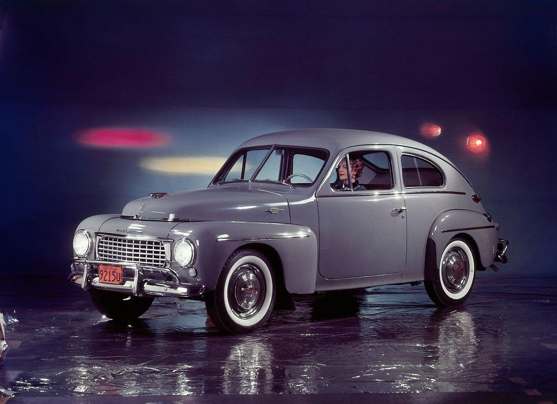 Xe-cổ-Volvo-PV444