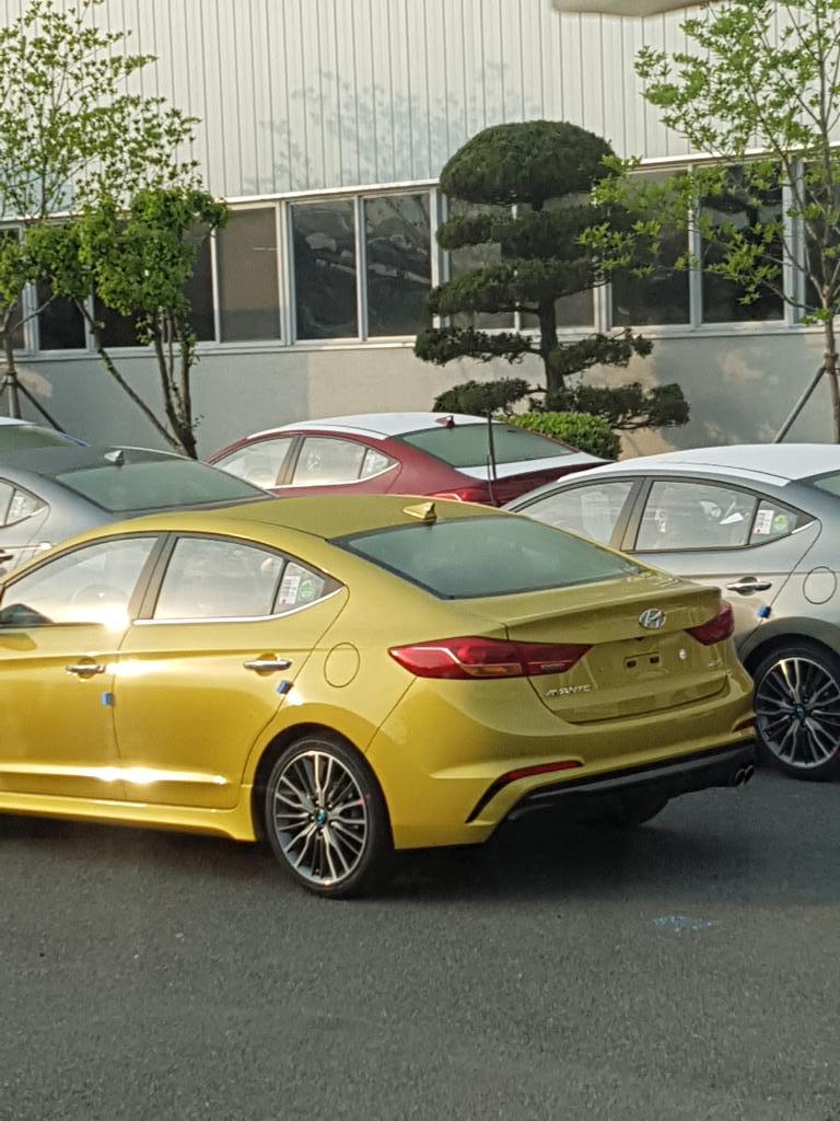 Hyundai-Elantra-Sport-2017