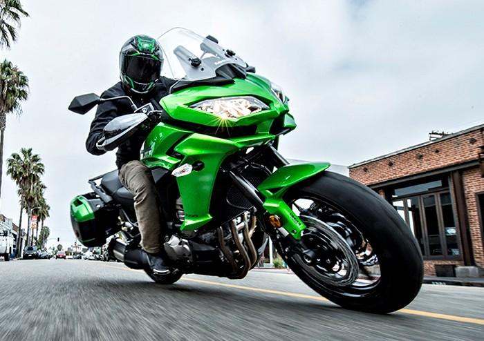 Kawasaki Versys 1000 ABS 2016 chính thức lên kệ 419 triệu đồng tại Việt Nam