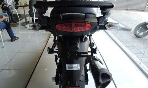 Kawasaki-Versys-ABS-1000-02