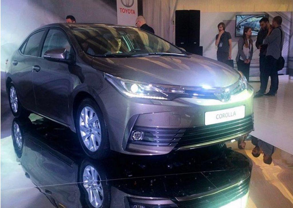 Toyota Altis 2017 sẽ được bày bán vào tháng 8 năm nay 1