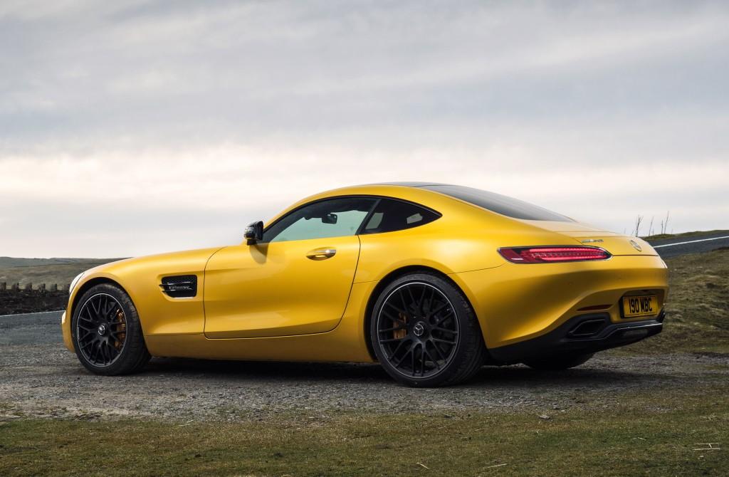 Mercedes-AMG GT 2017 giá bao nhiêu? Khi nào bán ra thị trường? 2
