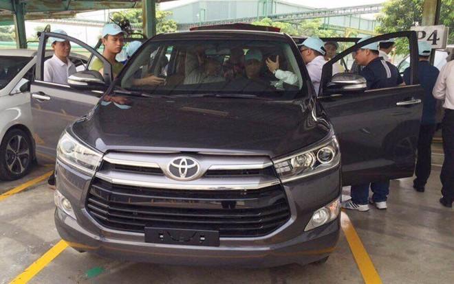 Toyota Innova 2016 đắt khách tại thị trường Indonesia 2