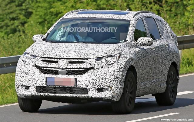 Bắt-gặp-Honda-CR-V-2017-chạy-thử-nghiệm