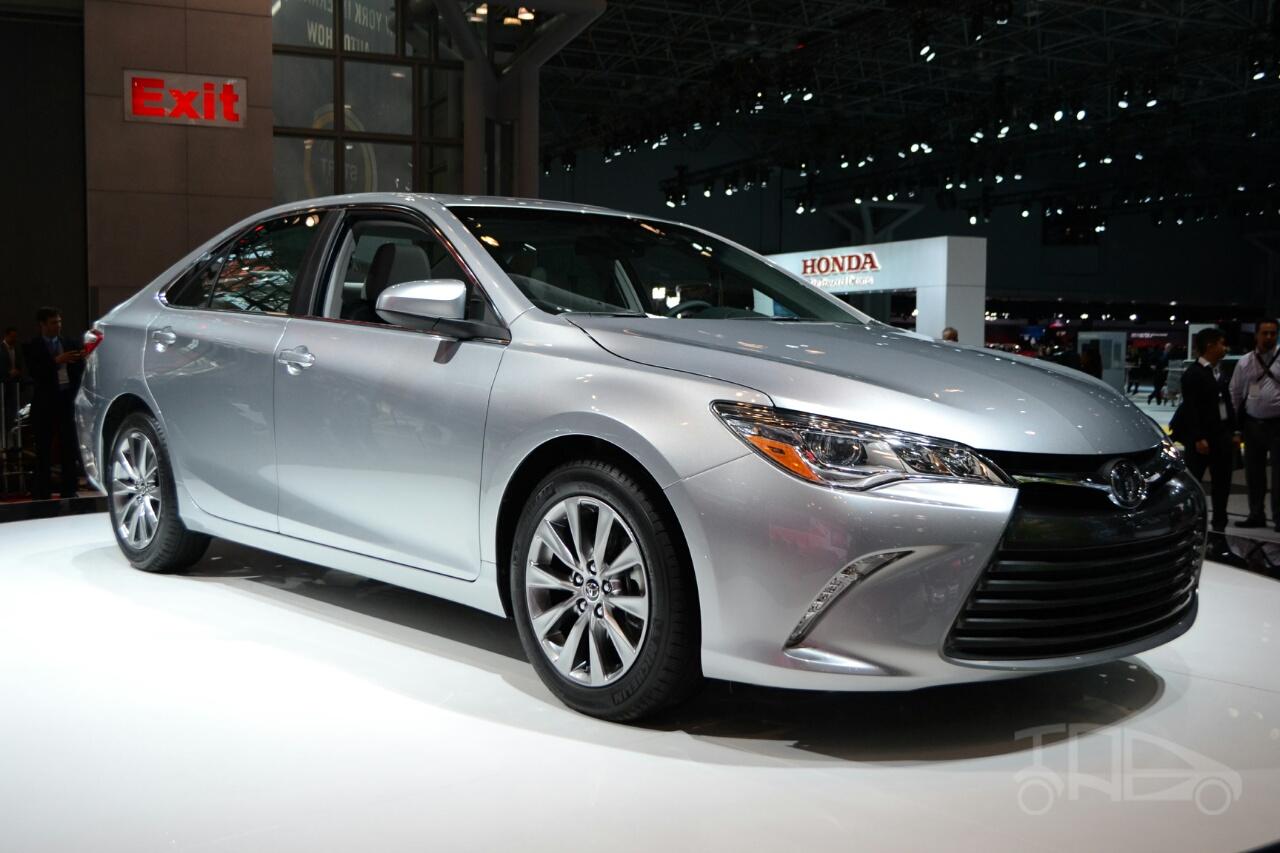 Toyota-Camry-thế-hệ-mới-chạy-thử-nghiệm
