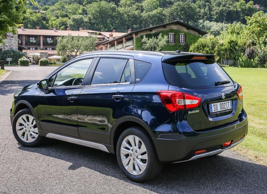 Suzuki-SX4-S-Cross-facelifted-lộ-diện-trước-khi-chính-thức-ra-mắt