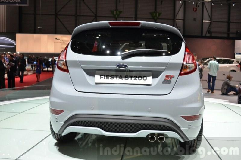 Lộ- diện- Ford- Fiesta -2017 -trên- đường- thử