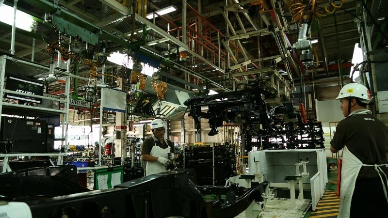 Tham quan nơi sản xuất Isuzu MU-X nhà máy Samrong tại Thái Lan 3