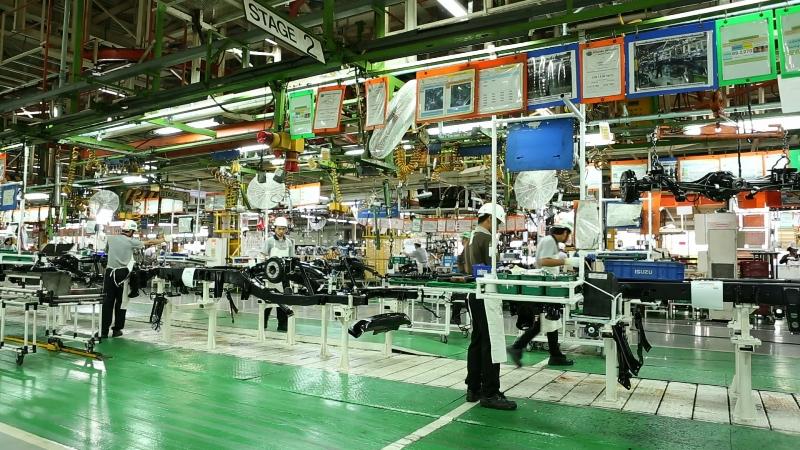 Tham quan nơi sản xuất Isuzu MU-X nhà máy Samrong tại Thái Lan