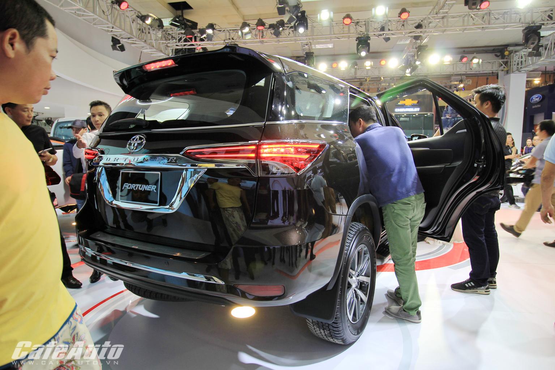 Toyota Fortuner 2017 chính thức ra mắt thị trường Việt tại triển lãm 2016 2