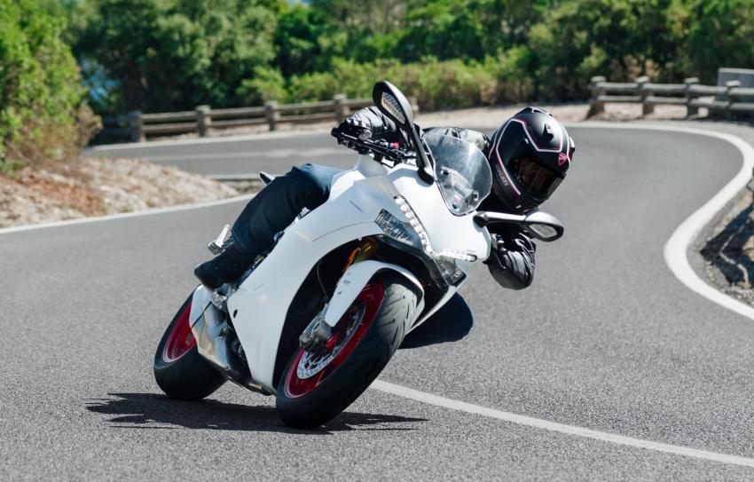 Ducati Supersport 2017 được bình chọn là mẫu xe đẹp nhất triễn lãm EICMA 2016 6