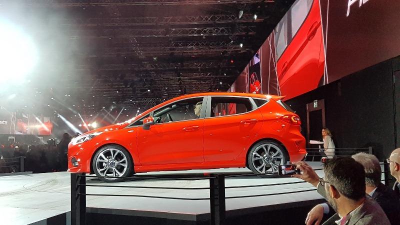 Ford Fiesta 2017 trình làng 4 phiên bản mới với kích thước lớn hơn thế hệ cũ 7