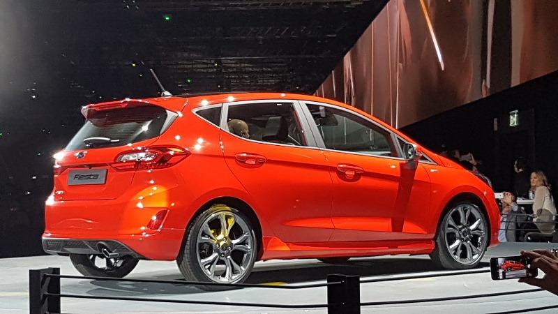 Ford Fiesta 2017 trình làng 4 phiên bản mới với kích thước lớn hơn thế hệ cũ 6